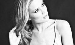 Marie Serneholt: 'Himlen i Min Famn'