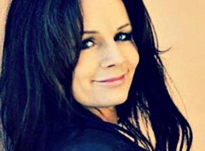 Lena Philipsson: 'Världen Snurrar' (live!)