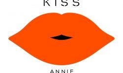 Annie: 'Russian Kiss'