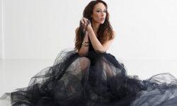 Janna: 'Tytöt Lähtee Tanssimaan'