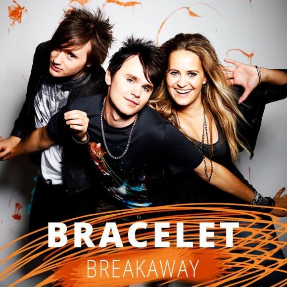 VIDEO: Bracelet – 'Breakaway'