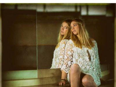INTRODUCING: Lollo Fält – 'Love Sucks' & 'LiveLove'
