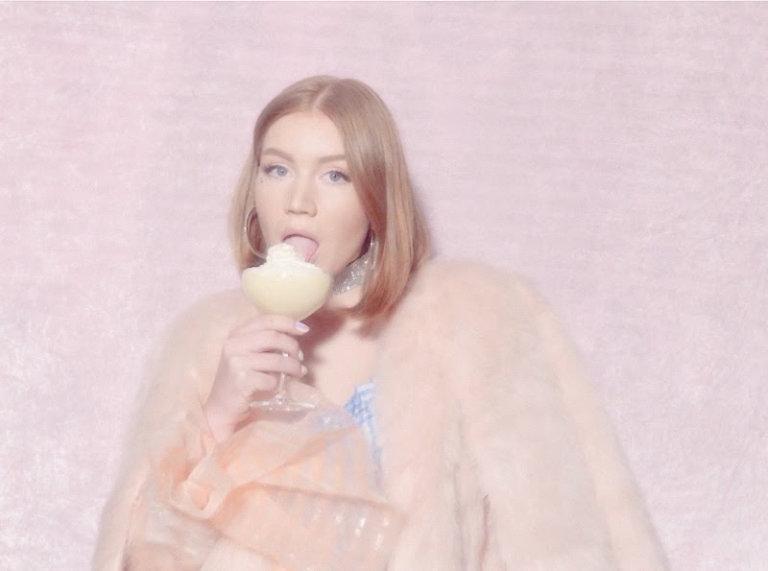SONG: Hanne Mjøen – 'Vanilla'