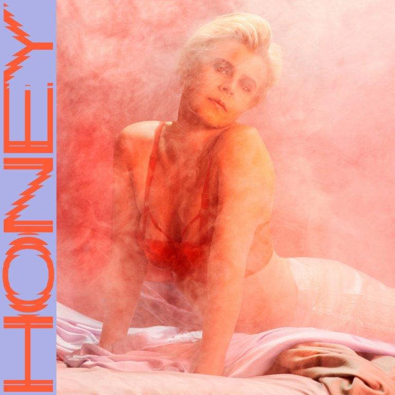 VIDEO: Robyn – 'Honey'