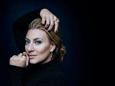 SONG: Sarah Dawn Finer – 'Om Du Ropar Mitt Namn'