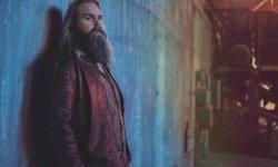 SONG: Chris Kläfford feat. BRÅVES – 'Cold At The Altar'